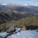 23 Hacia el E Cabecera del Estero Aucayes y Cos. Piuquenes 4.047msnm & Peladeros 3.886msnm