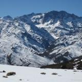 26 Co. Piuquencillo 4.047msnm Alto del Los Bronces 4.046msnm Punta del Paraiso 3.976msnm