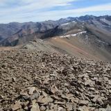 26 Filo desde la Cumbre del Co. Piedras Negras 3.776msnm hacia el Co. La Engorda 3.496msnm & Co. El Padre 4.085msnm