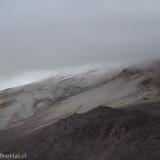 37 Ladera NE Vn. Guallatiri 6.063msnm entre Nubes