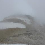 46 Cima Vn. Guallatiri entre Nubes y Fumarolas